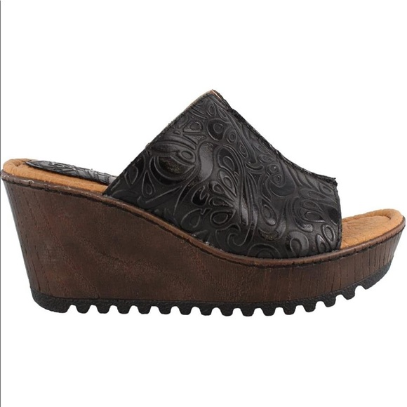 B.O.C. Teah black leather slip on wedge sandals